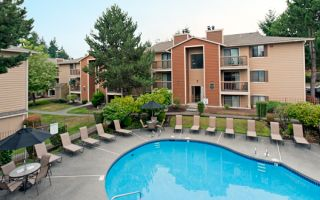 Crown Point Apartments Renton